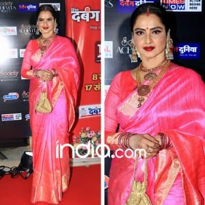 Society Achievers Awards 2018: Rekha's hot pink sari stole the lime light at the blingy night