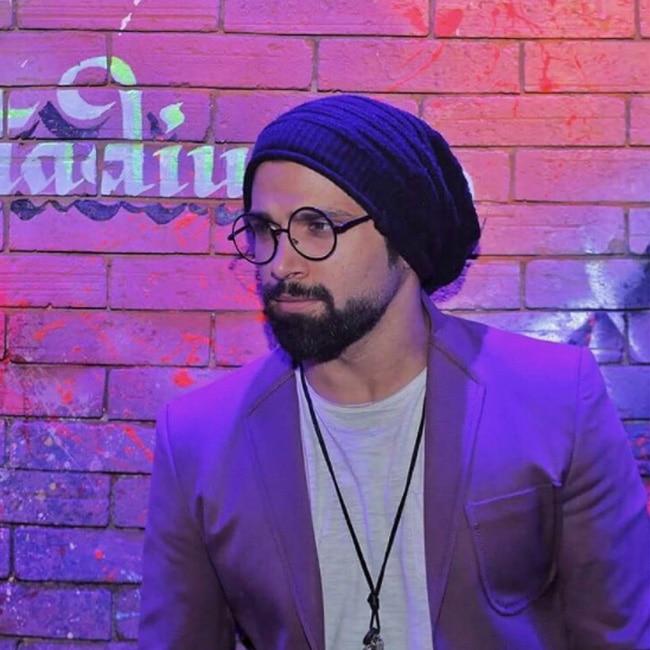 Rithvik Dhanjani's specs look