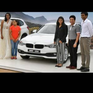 Cricket legend Sachin Tendulkar presents BMW cars to India's Olympics stars