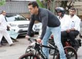 PICS: Salman Khan rides Being Human E-cycle, surprises Mumbaikars again!