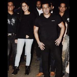 Salman Khan celebrates his 52nd birthday with Iulia Vantur, Katrina Kaif and these Bollywood celebs