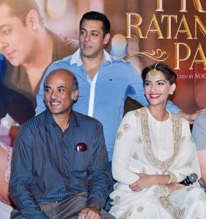Salman Khan, Sonam Kapoor & others at Prem Ratan Dhan Payo trailer launch (In pics)