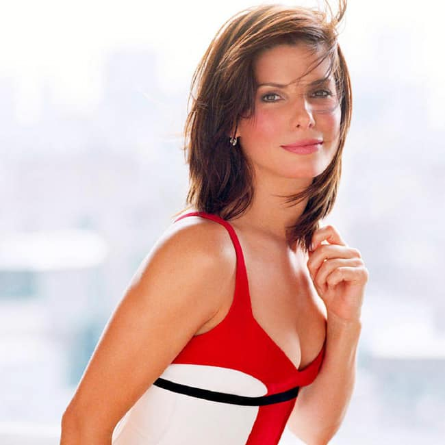 Sandra Bullock looks red hot in this picture