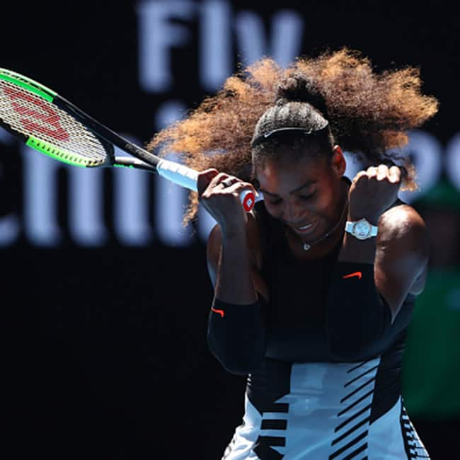 Serena Williams beats Johanna Konta to reach semis of Australian Open 2017