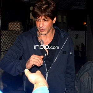 Spotted! Shah Rukh Khan flaunts his new tattoo on his chest, see pics