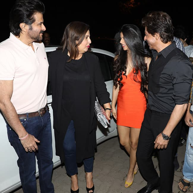 Shah Rukh Khan with Anil Kapoor, Farah Khan and daughter Suhana Khan