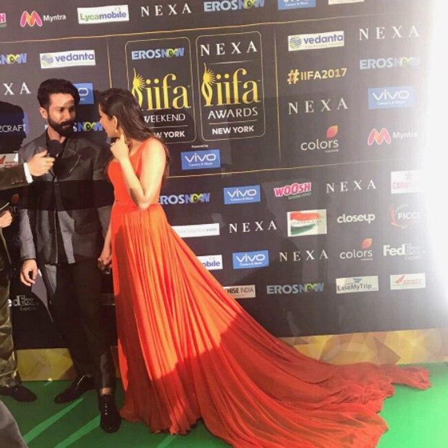 Shahid Kapoor and Mira Rajput during IIFA Rocks 2017 green carpet