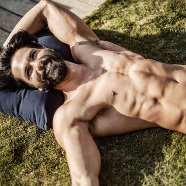 Shahid Kapoor's shirtless picture