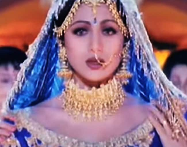 Kareena Kapoor Khan In 3 Idiots 11 Best On Screen Bollywood Brides To The Wedding Look Of Brides To Be Fashion Photo Gallery India Com Photogallery