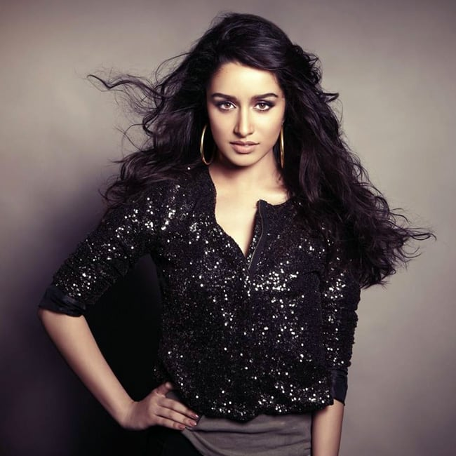 Shraddha Kapoor posing super sexy for an HD picture