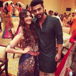Sonam-Arjun, Sridevi-Anil with Kapoor Khandaan are partying together in Abu Dhabi at cousin Akshay Marwah's wedding, see pics!