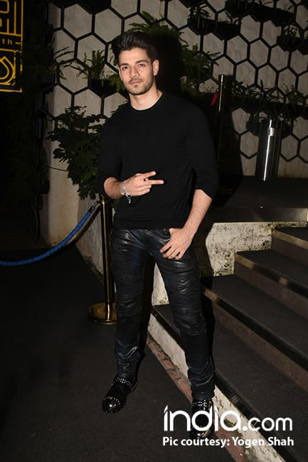 Sooraj Pancholi outside a restaurant in Mumbai