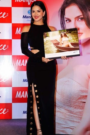 Sunny Leone sizzles at Manforce calendar launch, see HQ pics