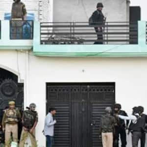 Jammu and Kashmir: One militant gunned down in Pulwama district, encounter underway