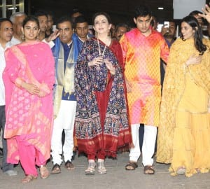 IN PICS: Ambanis introduce their would be daughter-in-law Shloka Mehta to media at Siddhivinayak temple