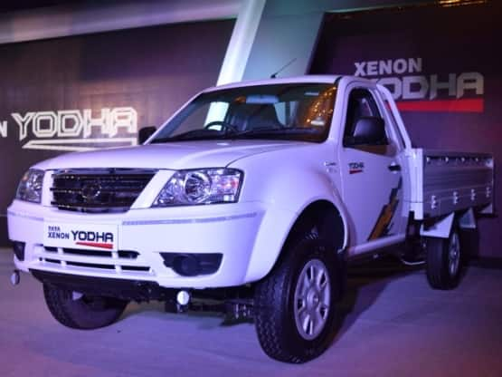 The new Tata Xenon Yodha pickup truck comes with aggressive and attractive SUV like appearance that enhances the imposing stance of the pickup truck at the upfront.