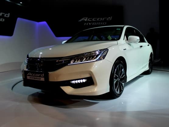 the new honda accord hybrid from the house of honda car india yet again has made its debut in. Black Bedroom Furniture Sets. Home Design Ideas