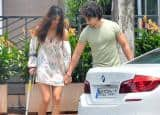Tiger Shroff taking care of injured girlfriend Disha Patani is strictly NOT TO BE MISSED!