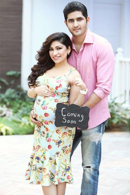Tulsi Kumar with husband Hitesh Ralhan during her maternity shoot