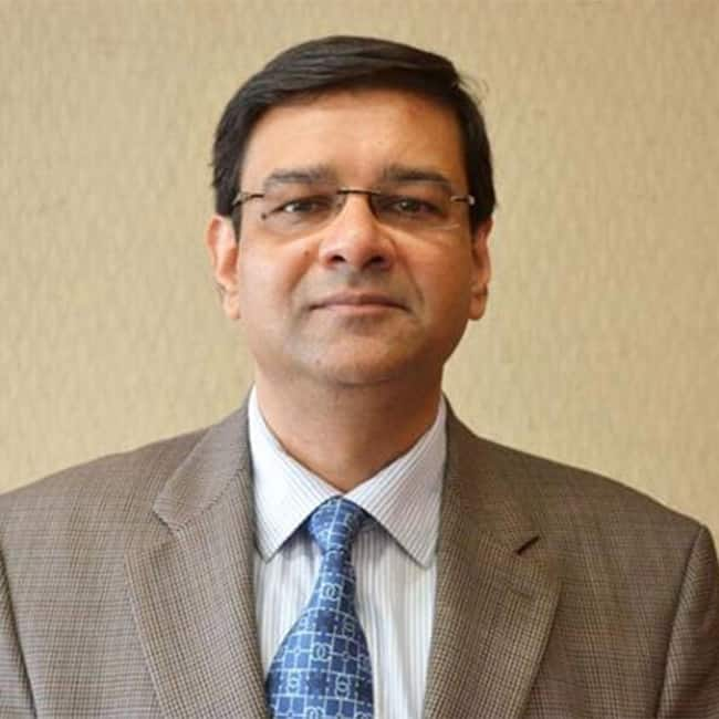 Urjit Patel  believes to work with the government