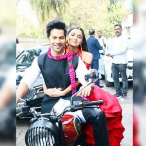 Varun Dhawan and Alia Bhatt can't keep hands off each other during Badrinath Ki Dulhaniya promotions!