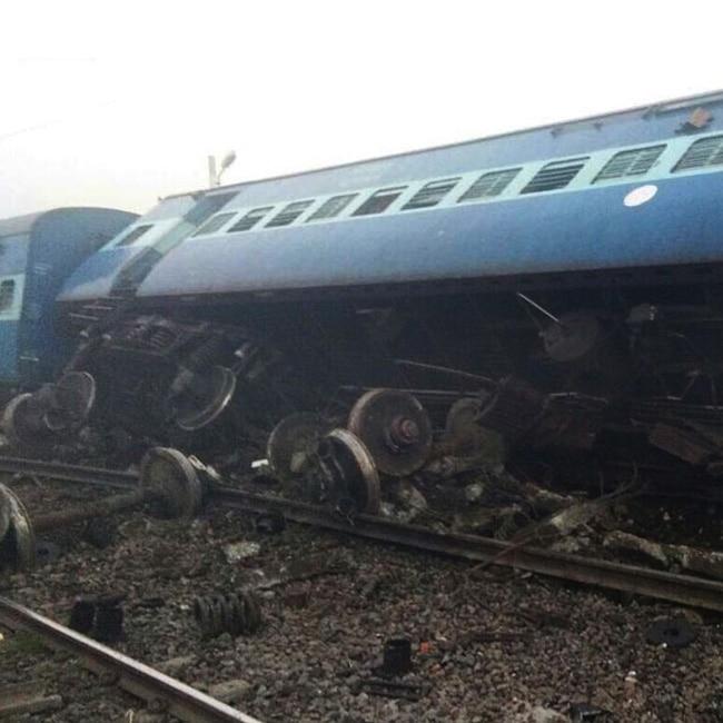 Vasco Da Gama Patna Express train derails near Banda in UP  3 dead