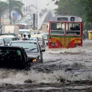 PHOTOS: Heavy rains bring Mumbai to standstill