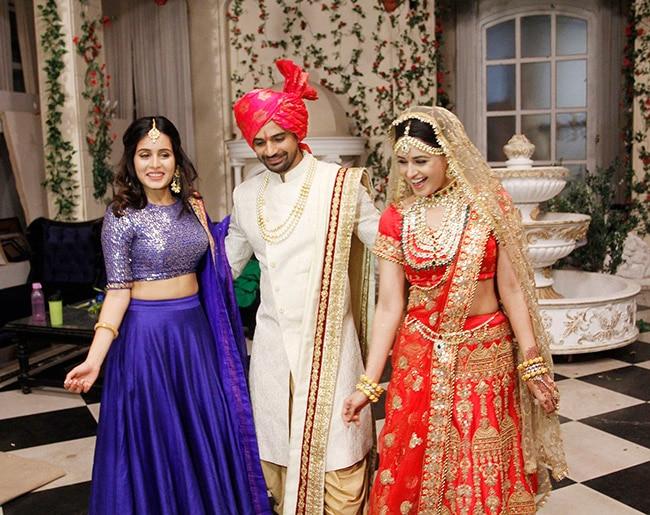 Prince Narula's Girlfriend Yuvika Chaudhary Looks Like a Dream in