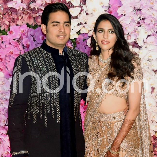 Akash Ambani Shloka Mehta Post Wedding Celebration  Akshay Kumar  Abhishek Bachchan  Karan Johar  Rekha And Other Big Names Attend