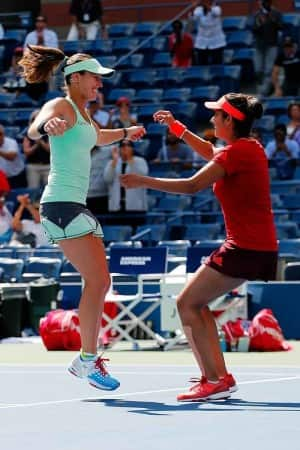 Sania Mirza-Martina Hingis are US Open 2015 Women's Doubles Champions! See Pictures