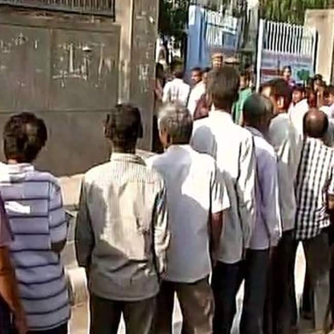 23 87 percent voting recorded till now during Delhi MCD Elections 2017