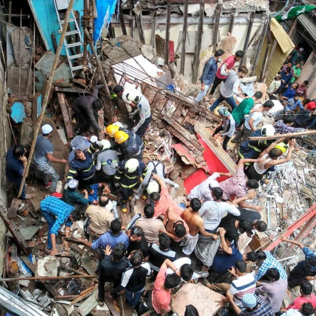 A four storey building collapses in Mumbai   s Dongri