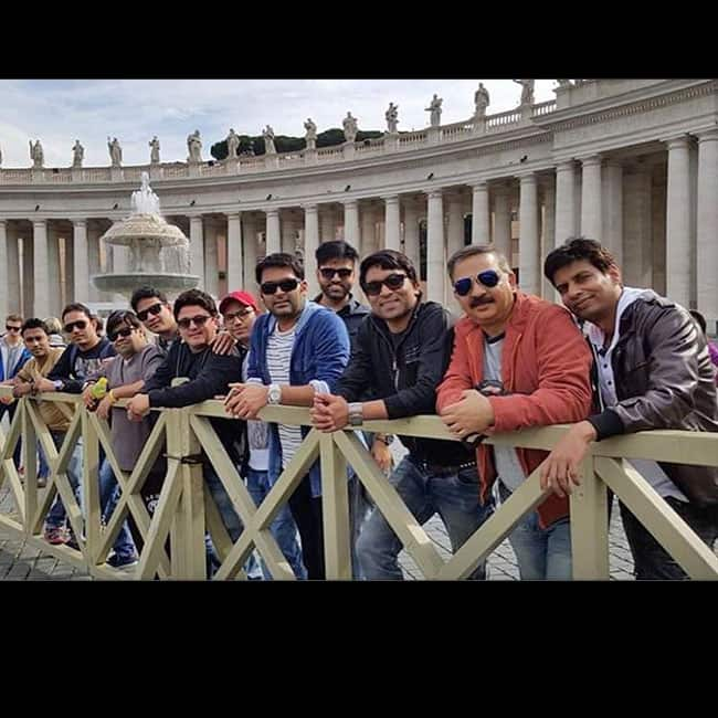 A team picture of The Kapil Sharma Show