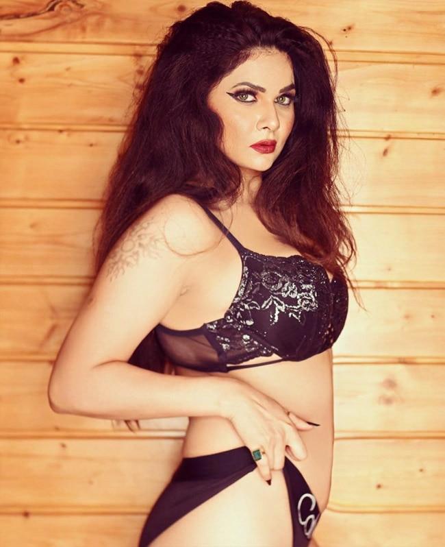 Aabha Paul   s Hot photos 2020