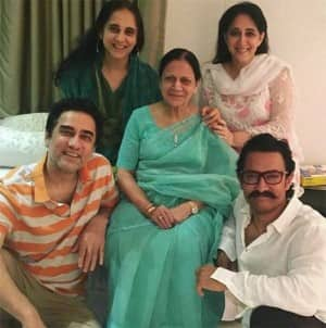 Bollywood celebs share adorable pictures with their beautiful moms on Mother's Day
