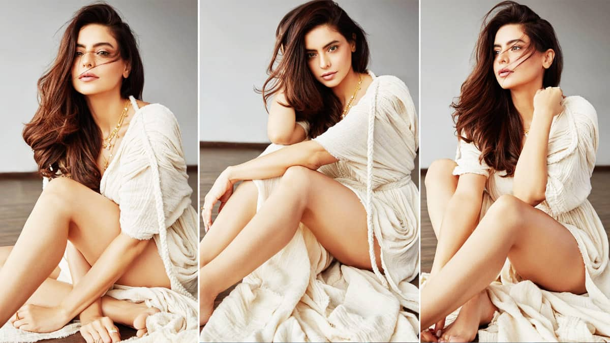 Aamna Sharif Drops Sensuous Photos on Instagram in Sexy White Dress