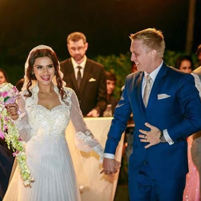 Aashka Goradia entering the wedding venue with Brent Goble