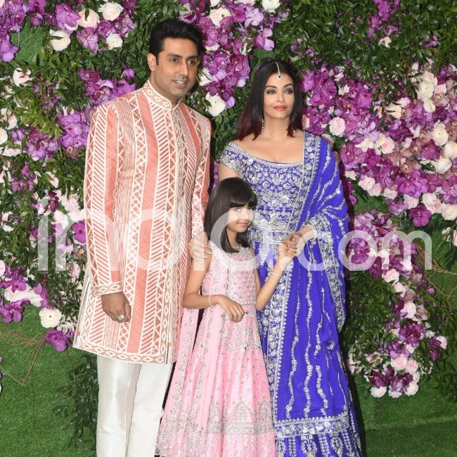 Abhishek Bachchan with wife Aishwarya Rai Bachchan and daughter Aradhya Bachchan