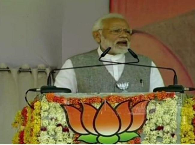 Abusing my Mother Shows Congress  Desperation  PM Modi Hits Back at Raj Babbar