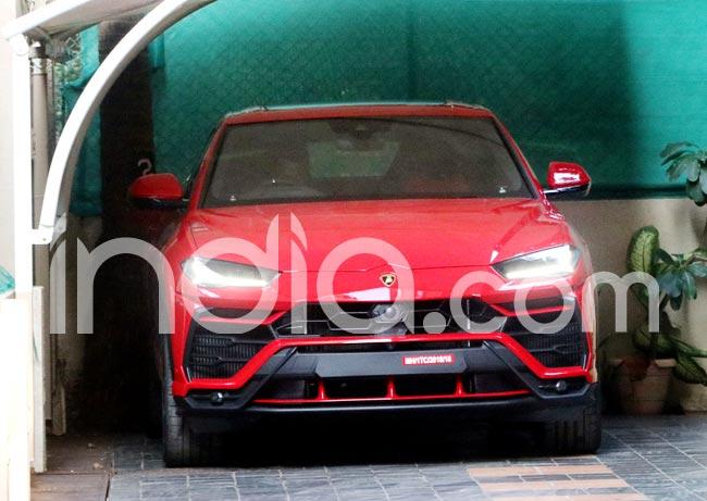 Actor Ranveer Singh   s newest ride is Lamborghini worth Rs 3 crore