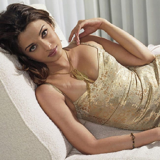 Aishwarya Rai Bachchan poses for a seductive picture