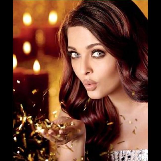 Aishwarya Rai Bachchan posing for Dabboo Ratnani   s calendar shoot