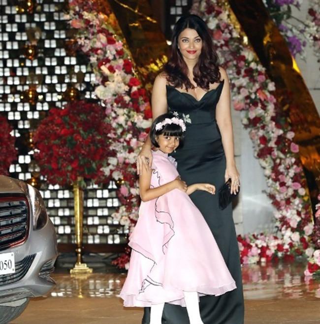 Aishwarya Rai Bachchan with Aaradhya Bachchan at Mukesh Ambani   s residence
