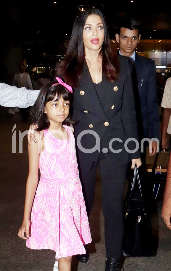 Aishwarya s stylish airport look