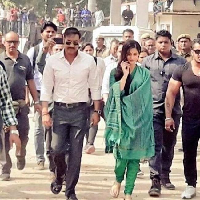 Ajay Devgn and Ileana D   cruz on sets of Raid movie