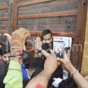 Ajay Devgn Greets The Media Outside His Residence on 50th Birthday