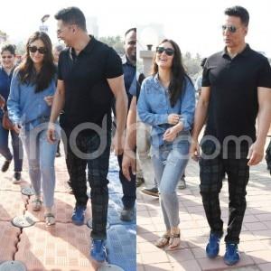 Akshay Kumar-Kareena Kapoor Khan Spotted After Wrapping up Good News Shoot