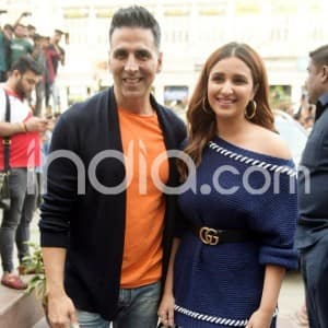 Akshay Kumar And Parineeti Chopra Promote Their Next Film Kesari in Delhi