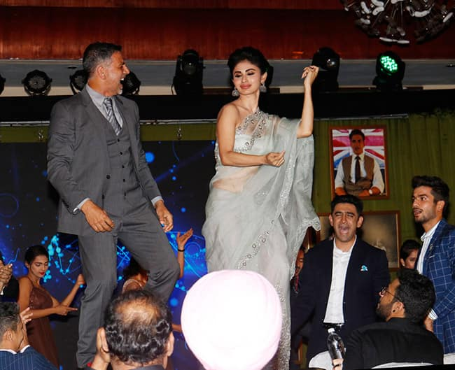Akshay Kumar   Mouni Roy at Film Gold   s Event