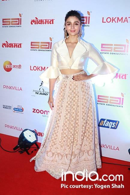 Alia Bhatt at red carpet of Lokmat Maharashtra   s Most Stylish Awards 2017